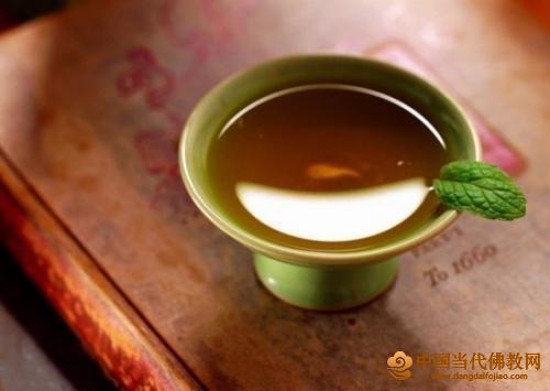 品味人生 心境如浓茶一杯