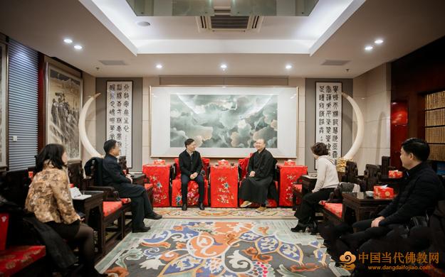 上海市政协副主席金兴明一行莅临玉佛禅寺 慰问宗教界代表人士